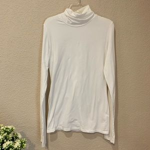 James Perse simple white long sleeve turtle neck t